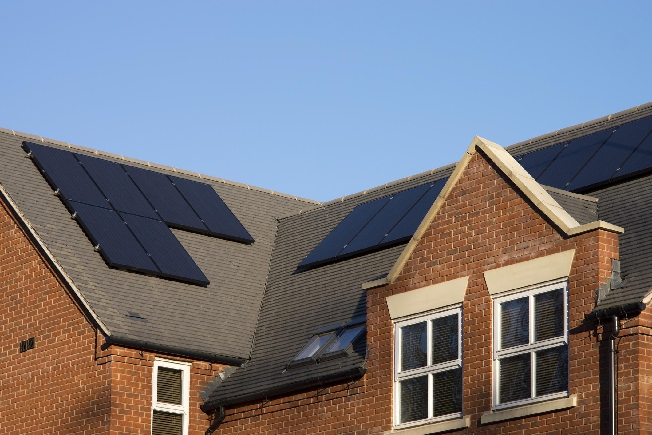 Installation panneaux photovoltaïques noirs Label Black Energreen
