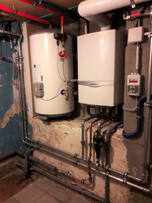 Installation chaudière à condensation murale Vaillant ecoTEC Energreen