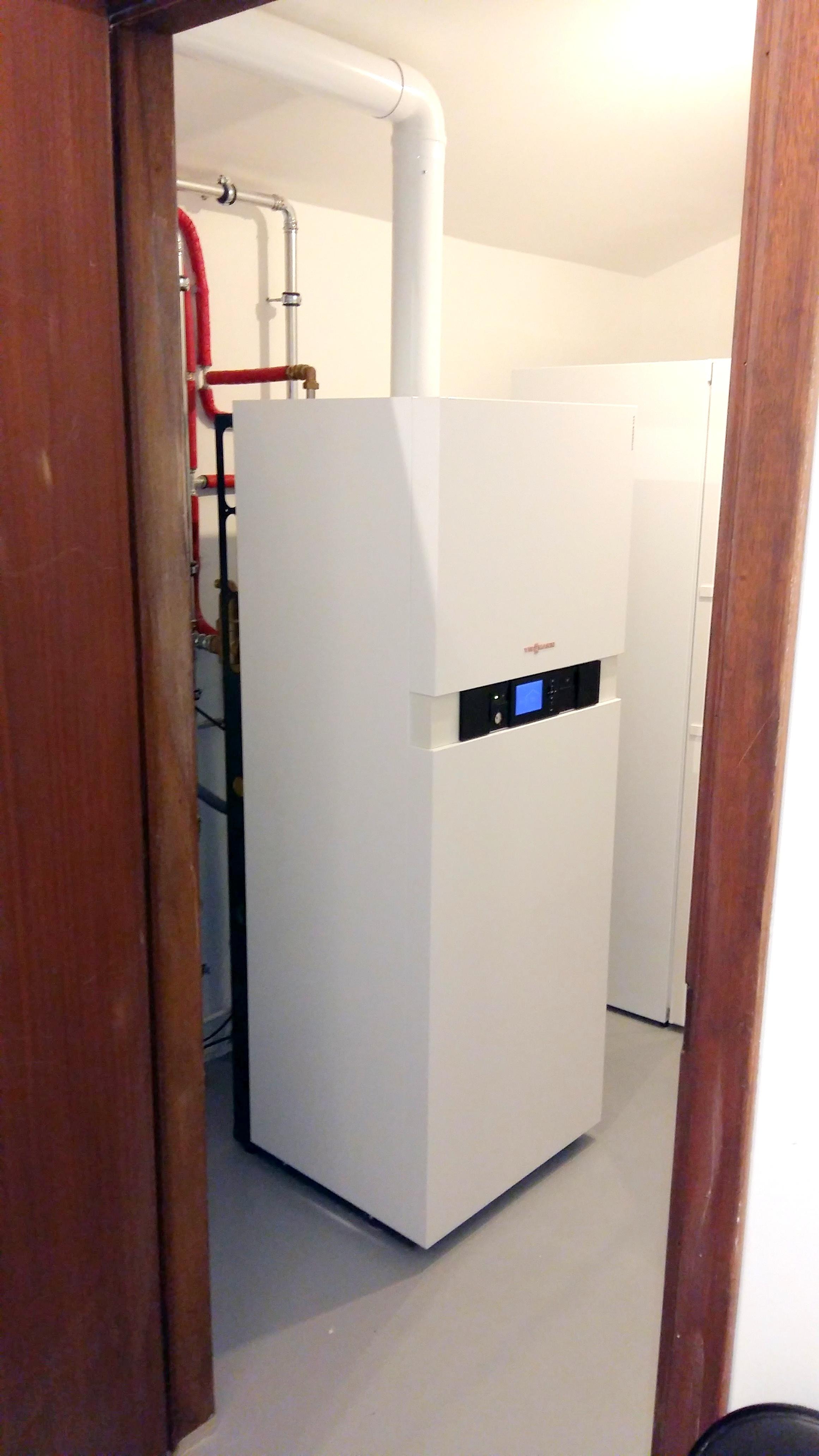 Installation chaudière à condensation sol Viessmann Vitodens Energreen
