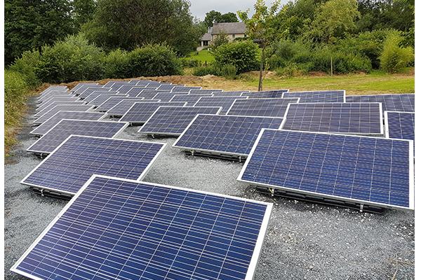 Installation panneaux photovoltaïques IBC Solar toit plat Energreen