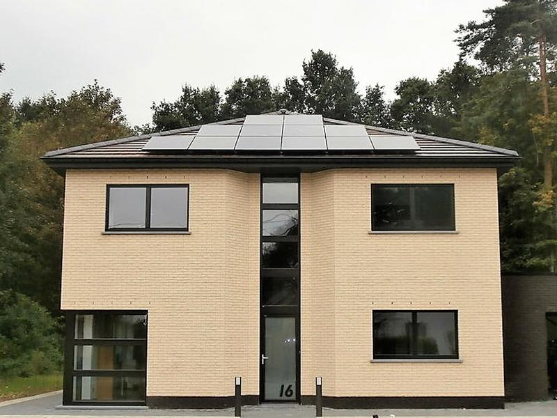 Installation panneaux photovoltaïques Sunpower E20 327 Black Energreen