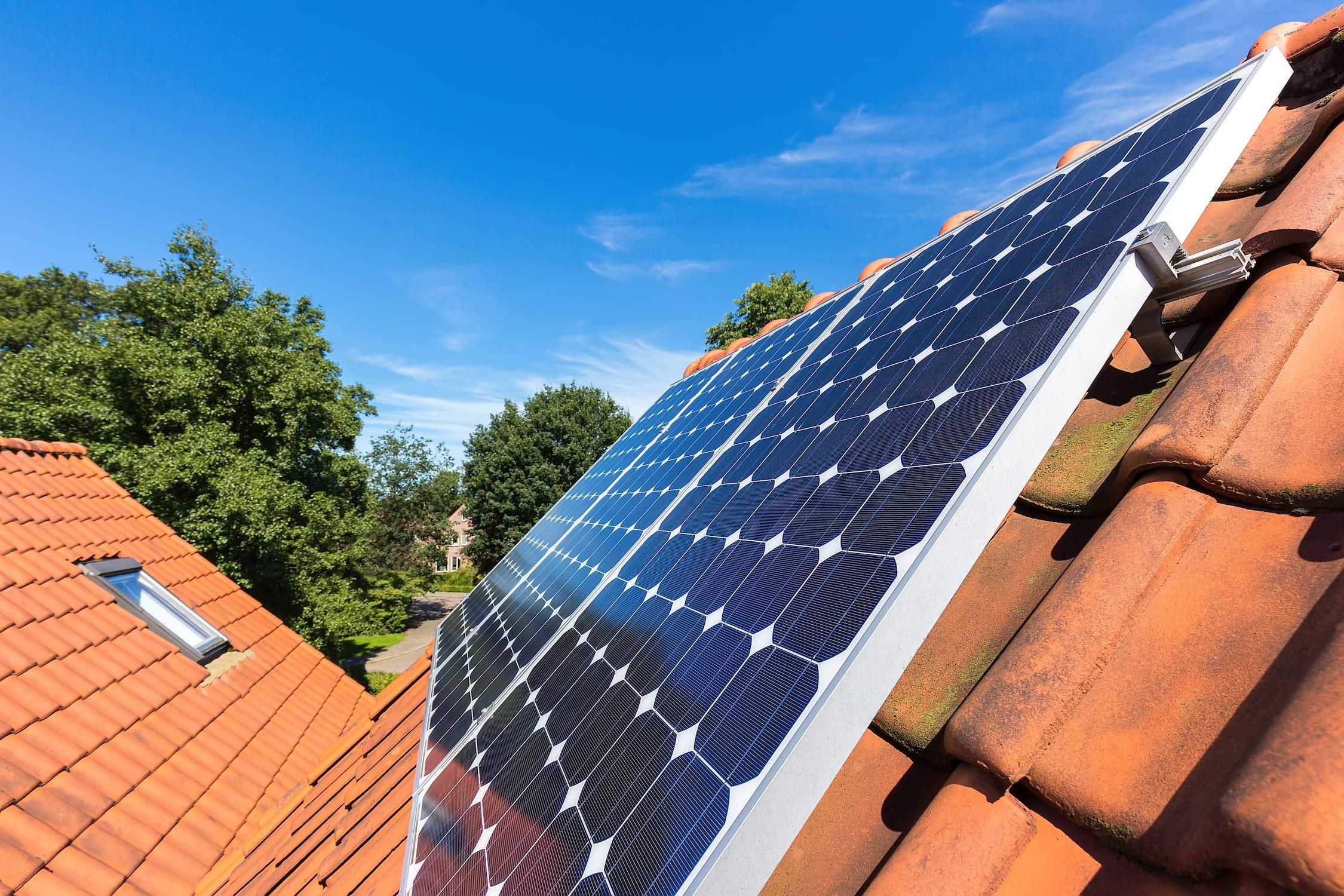 Installation de panneaux solaires en surimposition | Energreen