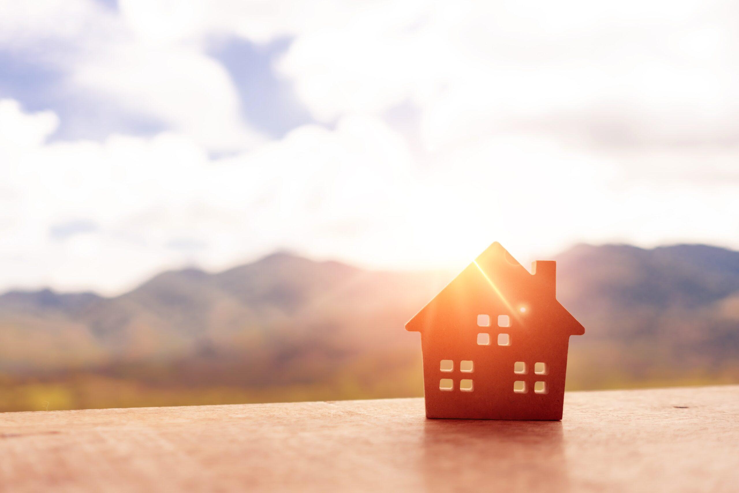 Maison en bois baignée baignée par l'énergie solaire | Energreen